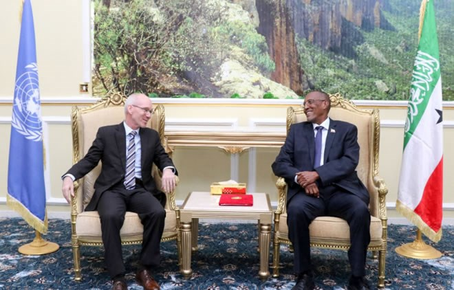 James Swan, the Special Representative of the UN Secretary-General for Somalia with Somaliland's President Muse Bihi Abdi