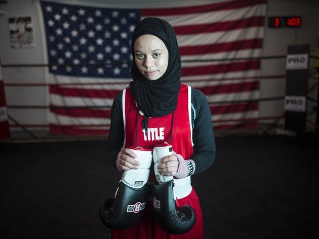 Photo Gallery - Photos: 15-year-old fights for right to wear hijab in boxing ring
